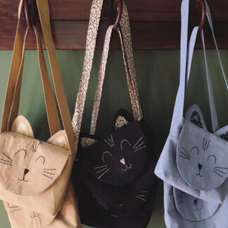Free Cat Bag sewing pattern by Below the Kowhai