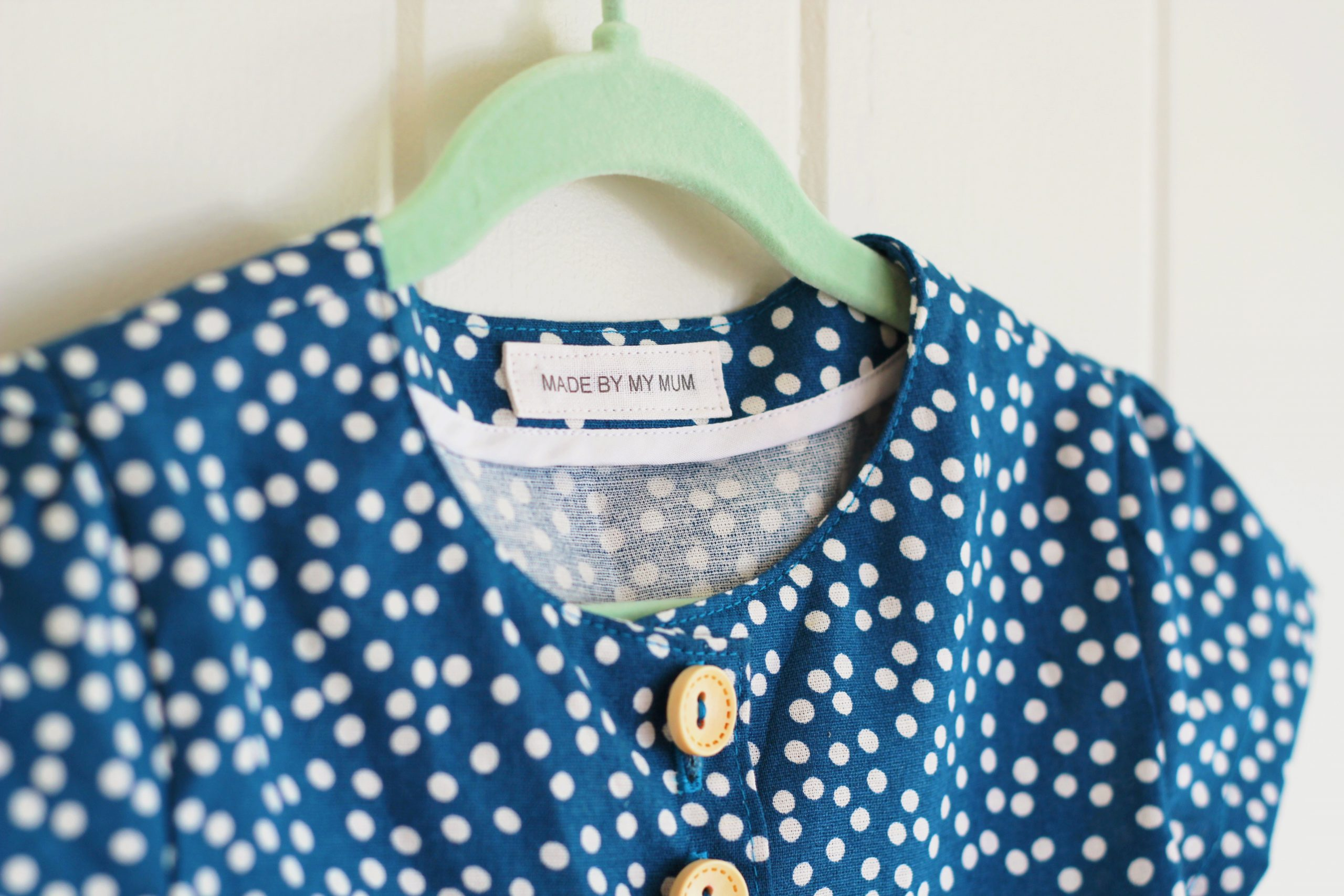 How to make your own sewing labels